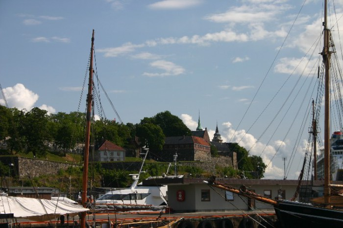 20040715003 - The Viking Ships of Oslo