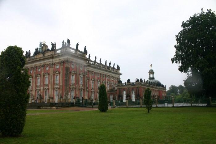 20040722002 - Pouring Rain in Potsdam