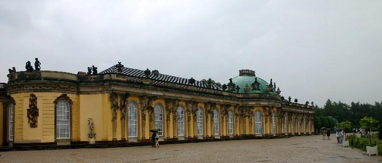 20040722004 - Pouring Rain in Potsdam