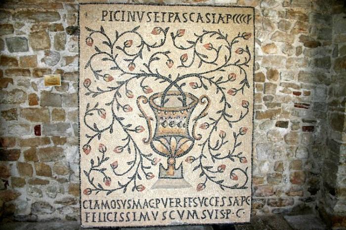 20040817001 - The Roman Mosaics of Poreč, Croatia
