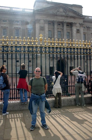 20040820003 e1402946852127 - Typical Tourists: A Walkabout in London