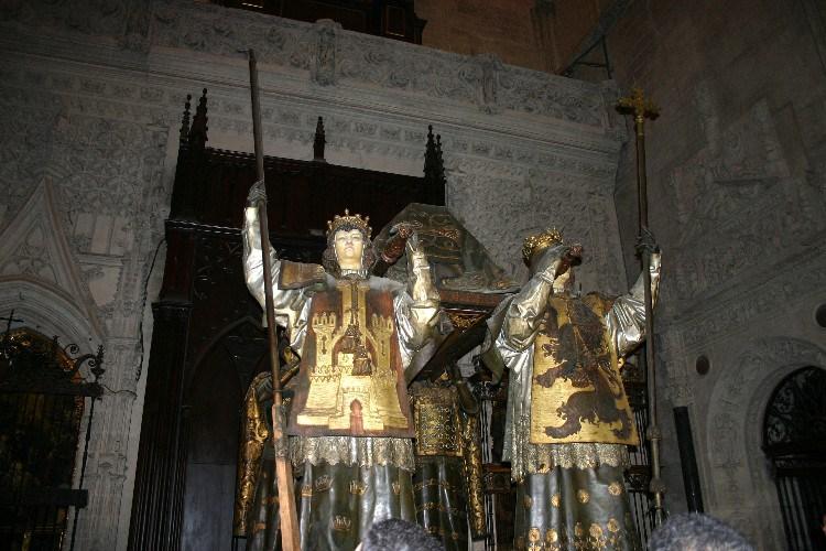 20040914007 - Sevilla: A Beautiful, Lush City Full of Fan Palms, Cafés and Historic Monuments