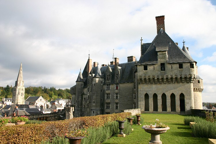 20041020002 - Châteaux-hopping dans Le Loire: Where is Sleeping Beauty?