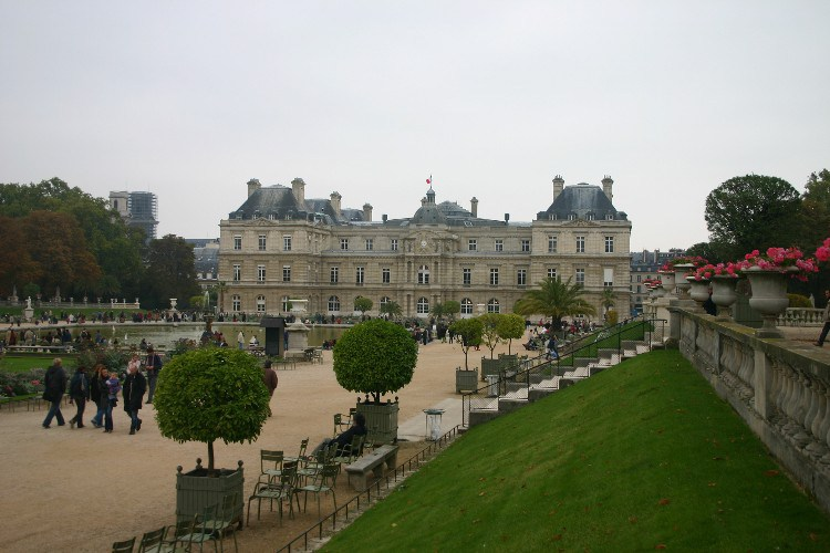 form1 - 6eme Arr., Formally Known as Luxembourg, Popularly Known as St. Germain.