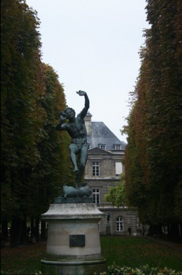 form3 - 6eme Arr., Formally Known as Luxembourg, Popularly Known as St. Germain.