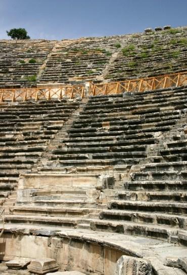 20040513005 e13953225024071 - A Travel Day: Pamukkale to Dalyan, Turkey