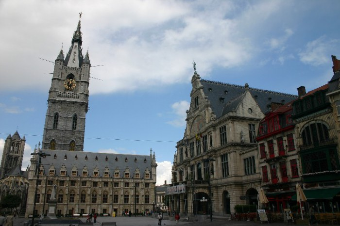 20040619003 - In Ghent and Antwerpen: Following Where Our Eyes Lead Us