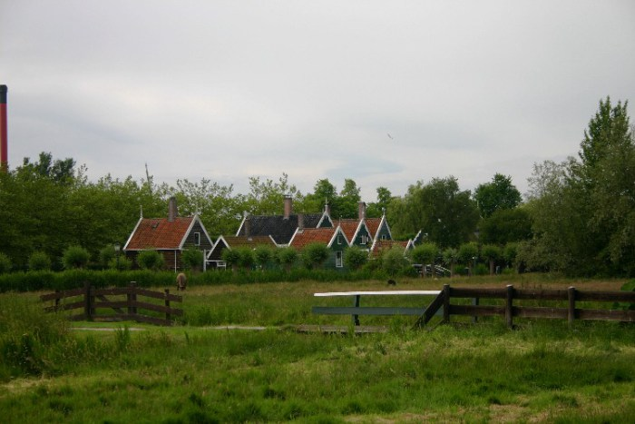 20040621006 - Exploring the Bucolic and Historic Dutch Countryside