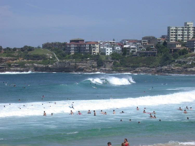 20040228002 - Intense Body Surfing at Bondi Beach, Australia