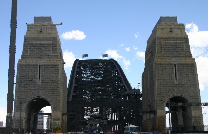 fow2 - Up Close and Personal with the Sydney Harbour Bridge