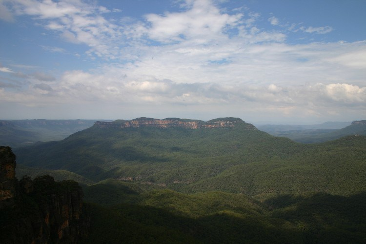 mt2 - Enjoying the Blue Air in the Blue Mountains of Australia