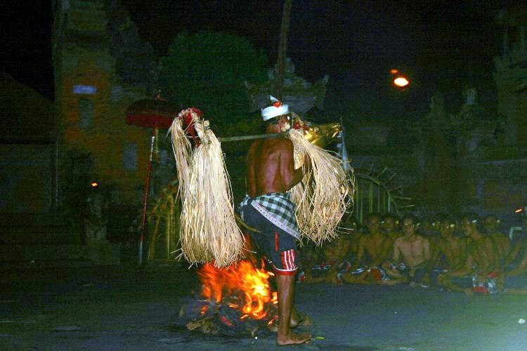 or14 - A Day of Dance in Ubud, Indonesia