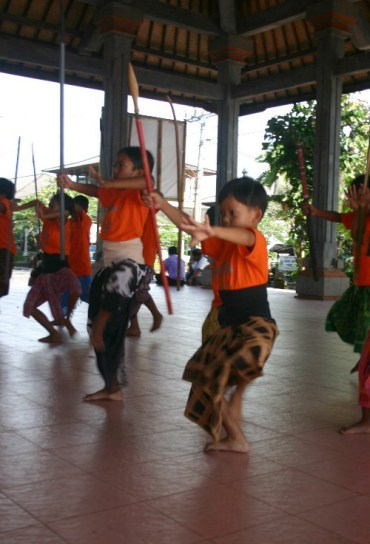 or7 - A Day of Dance in Ubud, Indonesia