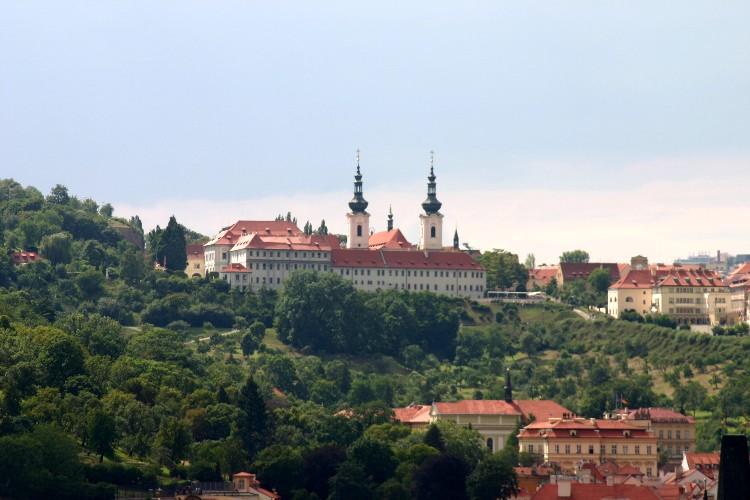 20040727007 - Prague: Savouring Overlooked Details and Unseen Vistas