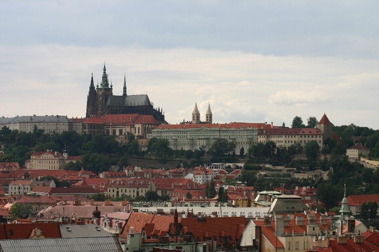 20040727009 - Prague: Overlooked Details and Unseen Vistas