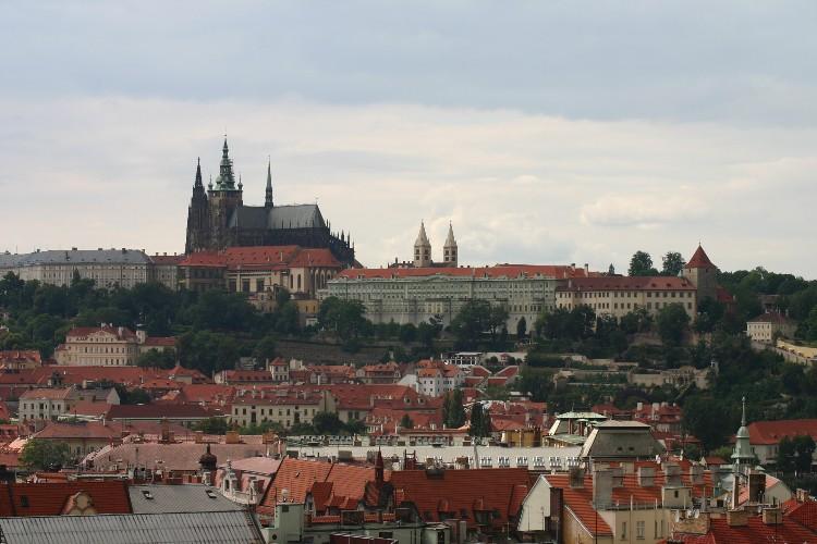 20040727009 - Prague: Savouring Overlooked Details and Unseen Vistas