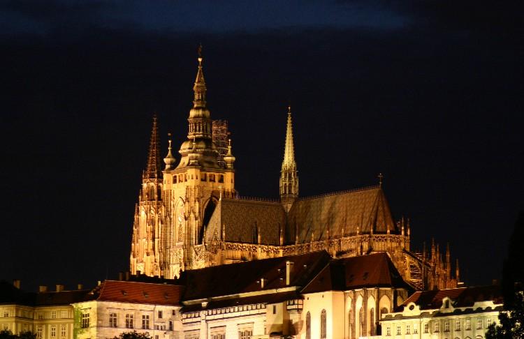 20040727012 - Prague: Overlooked Details and Unseen Vistas