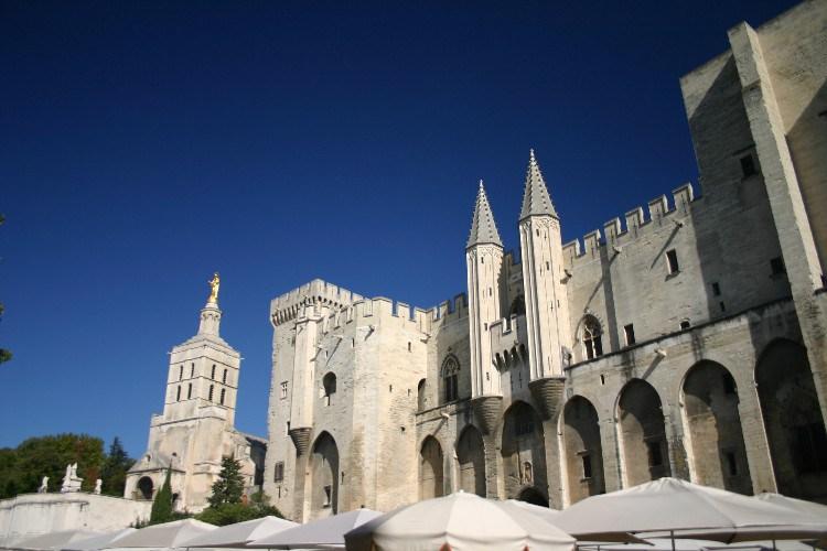 bec6 - Provence Beckons!