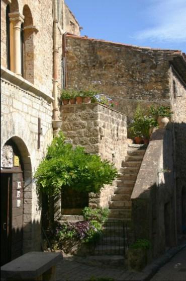 des3 - A Letter from St. Fréchoux: A Drive to St. Guilhem-le-Desert