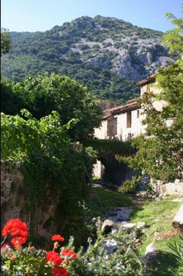 des5 - A Letter from St. Fréchoux: A Drive to St. Guilhem-le-Desert