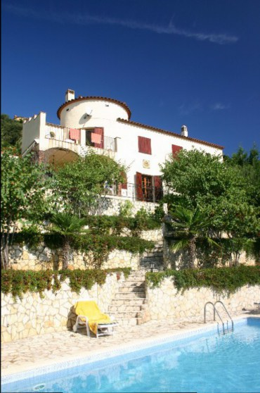 vil2 - A Spanish Villa for a Week.