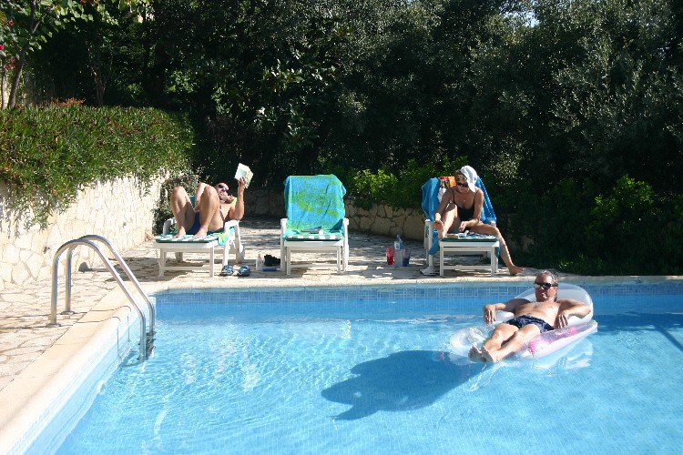 vil3 - A Spanish Villa for a Week.