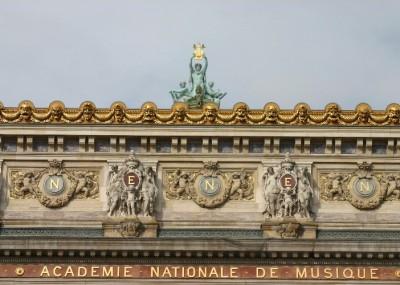 le7 400x285 - Arriving at CDG: Bienvenue à Paris!