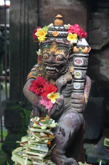ub1 - Up the Balinese Mountainside to Ubud