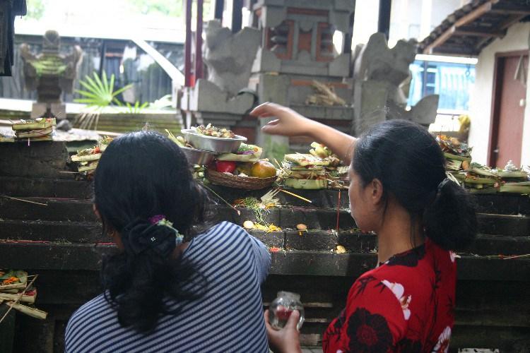 ub2 - Up the Balinese Mountainside to Ubud