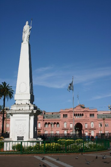 sun3 - Sunday: A Quiet Day in Buenos Aires