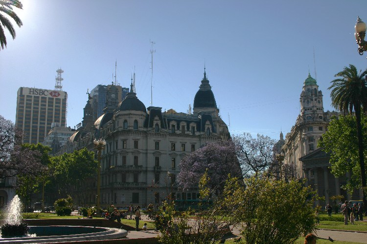 sun4 - Sunday: A Quiet Day in Buenos Aires