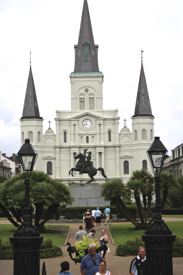 e29 - Like a Local City Guide: NOLA Musts