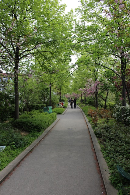 2015 04 17 at 06 49 32 - Off the Tourist Path in Paris