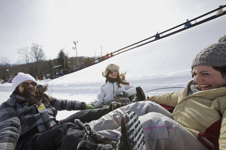 snowtubing Ont Winter Expedia - Winter in Ontario: Get Out and Play!