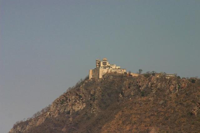 20040424 Udaipur 001 - The Midnight Train to Jaipur