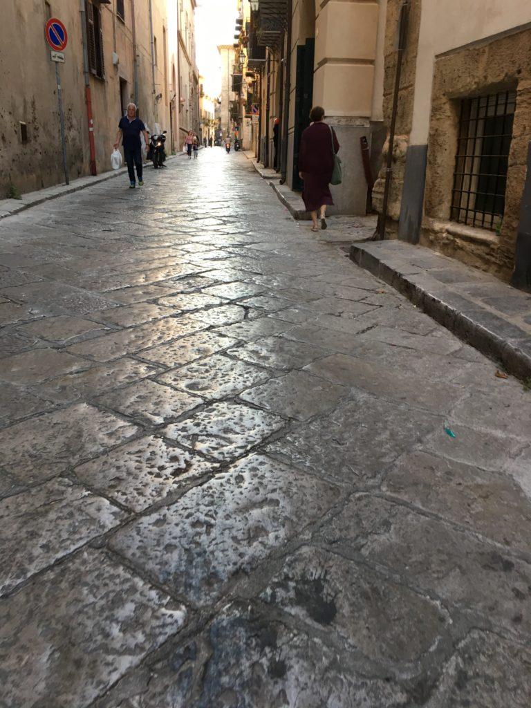 IMG 6643 e1508959457731 768x1024 - PHOTO: Palermo Street Scene