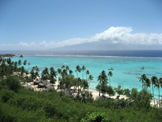 Image 5 Moorea Tahiti 667x500 - Visiting Tahiti: Heaven on Earth