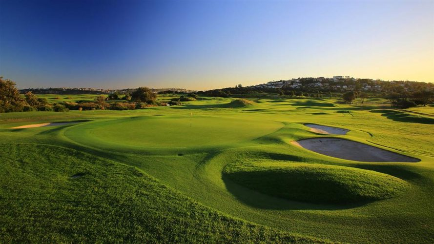 1 5 889x500 - The Best Places to Golf in New South Wales