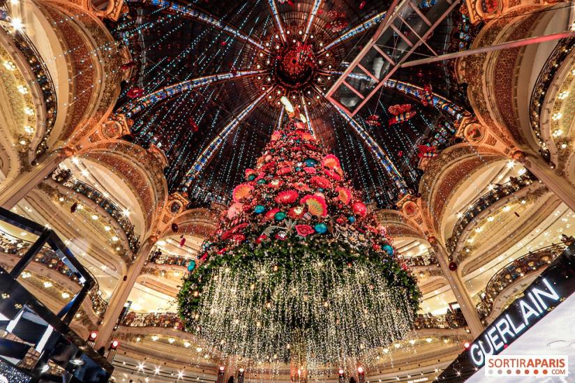 galleries lafayette 2019 - A Paris Christmas